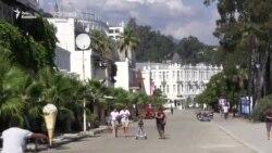 «Красиво, солнечно и малолюдно» - российские туристы об Абхазии