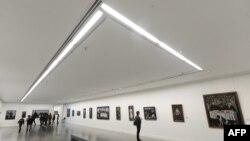1 июня картина «Арсенальная гора ночью» вновь станет предметом торга между ценителями творчества Пиросмани уже на аукционе «Кристис»