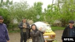 Ağstafa rayonunda bazar, 4 may 2006