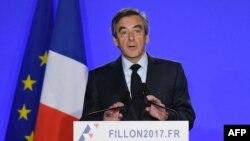 Франсуа Фіён