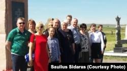 Члены литовской общины Караганды с гостями из Литвы.