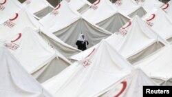 Шатори во кои се сместени настраданите од земјотресот