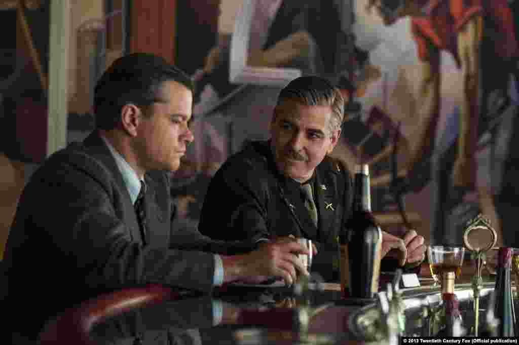 "Мэтт Деймон и Джордж Клуни в фильме «Охотники за сокровищами"" (TheMonuments Men)"