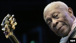 American blues legend B.B. King performs on stage at the Live at Sunset Festival in Zurich, Switzerland, in July 2012.
