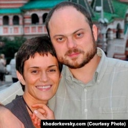 Vladimir Kara-Murza and his wife Yevgeniya