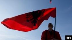 Političke elite u svim zemljama Zapadnog Balkana pribegavaju generisanju nacionalizma zarad jednog cilja - održanja na vlasti