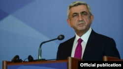 Moldova - Armenian President Serzh Sarkisian at a news conference in Chisinau, 11Jul2013.