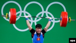 Кызытманын айынан Иззат Артыков коло медалынан кол жууду.