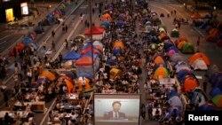 """'Кол чатырлар ыңкылабы"""" учурундагы демонстрация. 17-октябрь, 2014-жыл."""