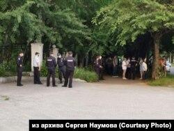 Полицейские во время митинга в поддержку арестованного губернатора Фургала, Комсомольск-на-Амуре