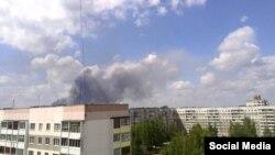 Так пажар выглядаў з Наваполацка (фота з сацыяльных сетак)