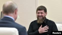 Глава Чечни Рамзан Кадыров на встрече с Владимиром Путиным