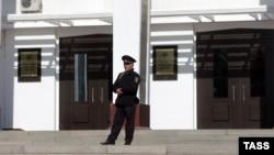 Полицейский в Махачкале, архивное фото