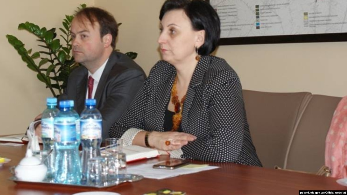 Тела 2 украинцев, обнаруженных мертвыми в холодильной камере в Польше, перевезут на Тернопольщину