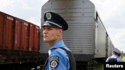Поїзд, яким сьогодні до Харкова привезли останки жертв катастрофи літака, 22 липня 2014 року
