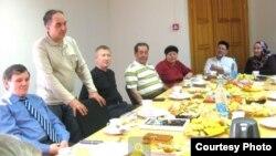 Төмән шәһәре татар милли-мәдәни мохтарияте шурасы утырышы. Архив фотосы