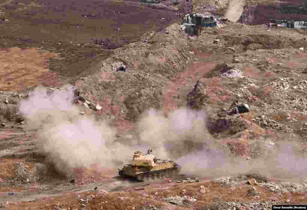 сирија - Курдските сили, поддржани од САД, соопштија дека повторно освоиле серија села неколку часа откако сириските сили ги заземале во регионот источно од реката Еуфрат, во близина на границата со Ирак.