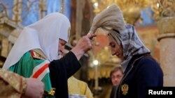 Патриарх Кирилл благословляет российскую олимпийскую сборную