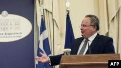 шефот на грчката дипломатија Никос Козиас, архивска снимка