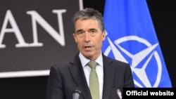 NATO Secretary-General Anders Fogh Rasmussen has called for calm in Kosovo.