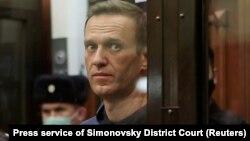 Ймовірно, Навальний перебуває у колонії №2 в місті Покрові, проте офіційно ця інформація поки що не підтверджена