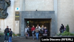 "La Universitatea ""Ion Creangă"""
