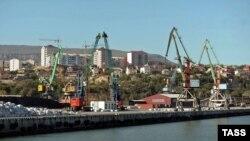 Махачкалинский морской порт (архив)