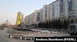 """Жилой комплекс """"Нурсая-2"""" недалеко от Акорды. Астана, 28 марта 2013 года."""