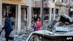На месте взрыва у полицейского участка в Диярбакыре в Турции