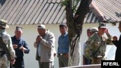 17-январда атышуу болгон Чек айылынын өзбек тарабы.