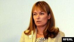 Gürcüstanın birinci xanımı Sandra Rulovs