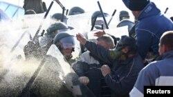 Përleshjet në Jagnjenicë, 28 nëntor 2011