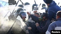 Sukobi KFOR-a i kosovskih Srba, 28. novembar 2011.