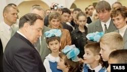 В послании президента образца 2006 года государство решило повернуться к детям лицом