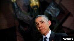 Presidenti i SHBA-së, Barack Obama, në Vietnam.