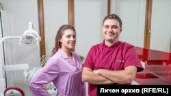 Д-р Стоян Деков и д-р Албена Божкова