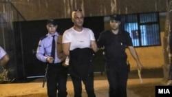 Архивска фотографија - Полицијата го води Бојан Јовановски, познат како Боки 13 на рапсит во Суд.