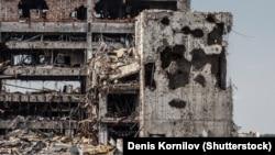 Руїни Донецького аеропорту після обстрілів російськими гібридними військами