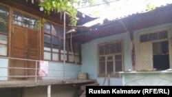 Дом правозащитника Азимжана Аскарова в Базар-Коргонском районе Джалал-Абадской области.