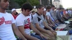 Moscow's Muslims Join In Eid Al-Fitr Prayers