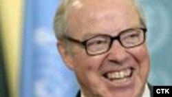 هانس بایکس، مدیرکل سابق آژانس می گوید دیپلماسی می تواند به حل مناقشه هسته ای ایران کمک کند.