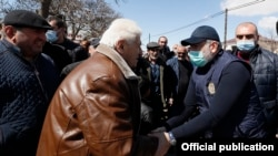 Armenia - Prime Minister Nikol Pashinian visits a village in Armavir province, March 28, 2021.
