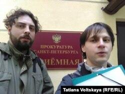 Алексей Сергеев (справа)