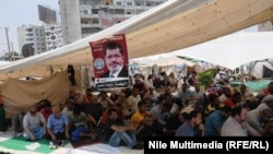 Supporters of ousted President Mohamed Morsi demand that he be reinstated.