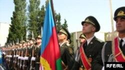 Ekspert bildirir ki, Müdafiə Nazirliyinin rəhbərliyində bir nəfər də NATO təhsili almış general yoxdur