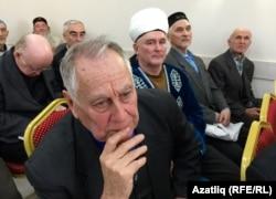 Җыенда артист Әзһәр Шакиров
