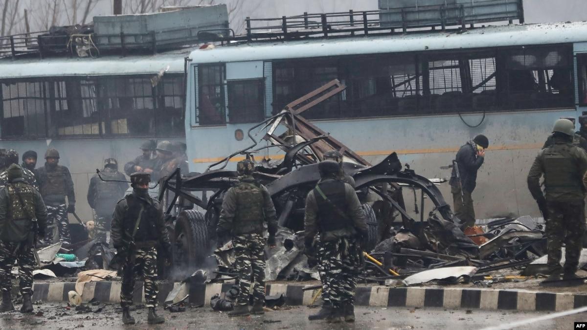 США призывают Пакистан наказать виновных в нападении смертника в Кашмире