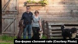 Орест Дель Соль із дружиною Йоланою на еко-фермі «Зелений гай»