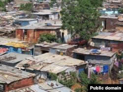Трущобы Соуэто, крупнейшего бедного поселения на окраине Йоханнесбурга. ЮАР