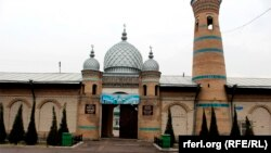 Историческая мечеть «Джурабек», переименованная в «Ислам-ата».